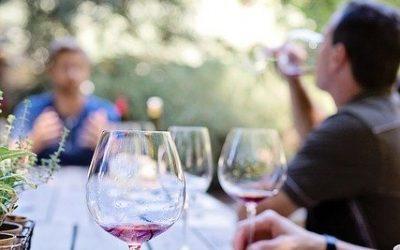 Comment organiser une dégustation de vin?