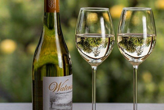 Quels sont les différentes applications du vin blanc?